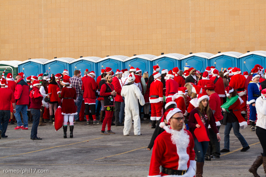2013-Running-of-Santas-Philly-Photos-7