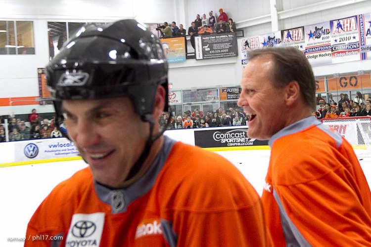 Flyers Alumni Practice-30164119