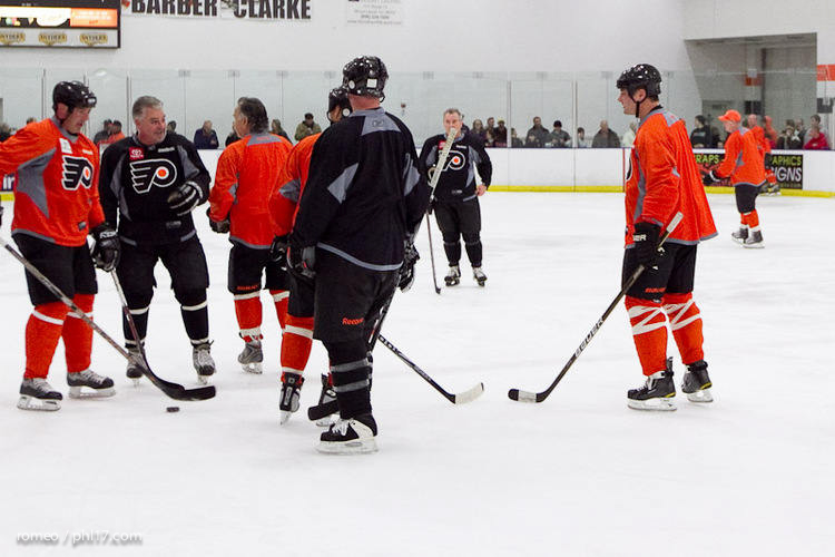 Flyers Alumni Practice-30164126