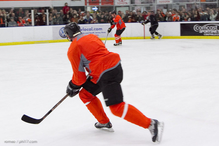 Flyers Alumni Practice-30164129