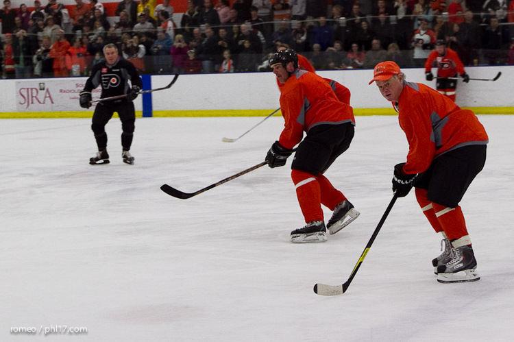 Flyers Alumni Practice-30164135