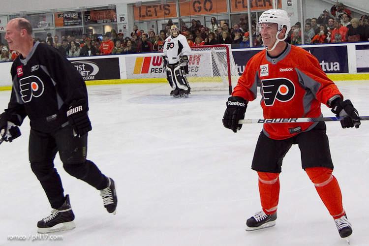 Flyers Alumni Practice-30164153