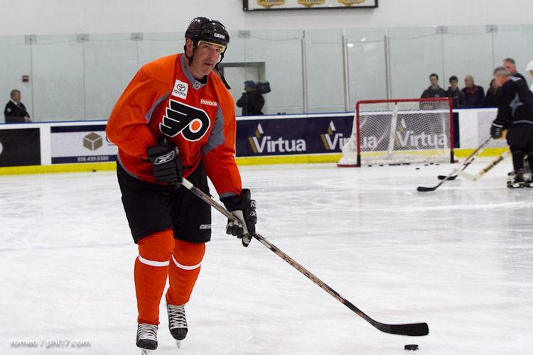 Flyers Alumni Practice-30164453