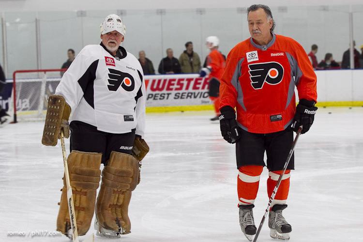 Flyers Alumni Practice-30164500