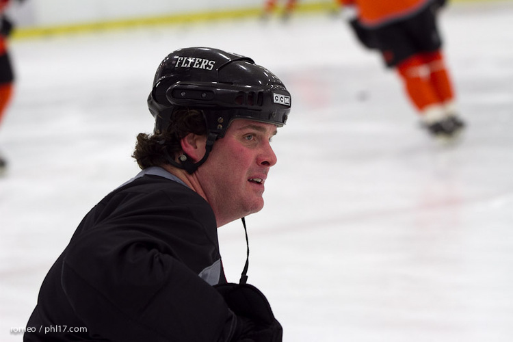 Flyers Alumni Practice-30164506