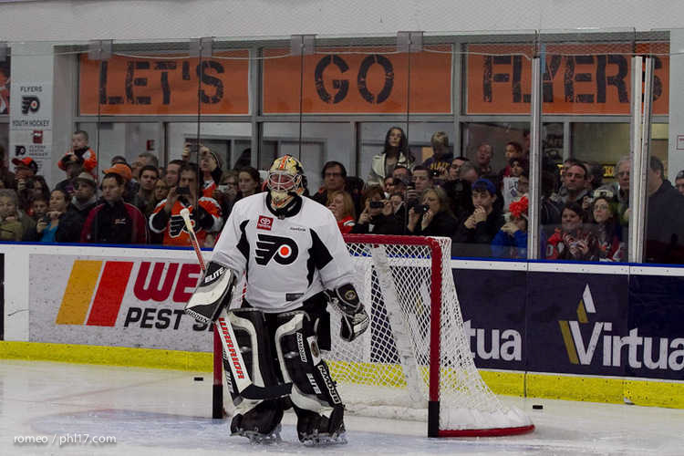 Flyers Alumni Practice-30164519