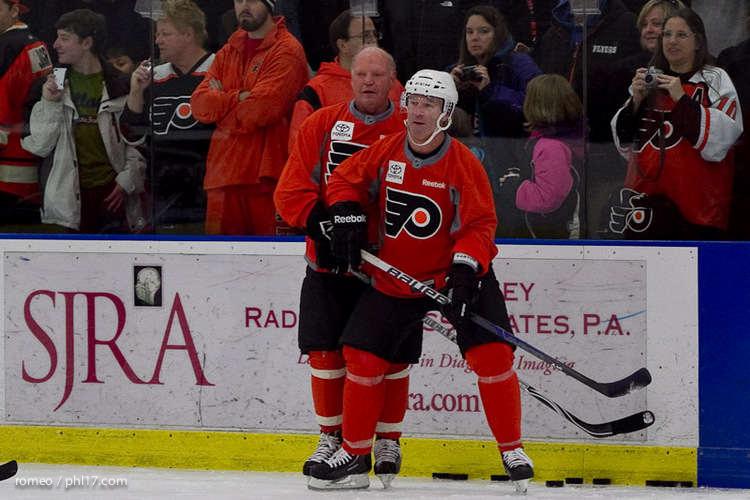 Flyers Alumni Practice-30164522