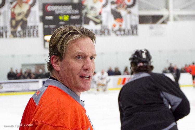 Flyers Alumni Practice-30164525
