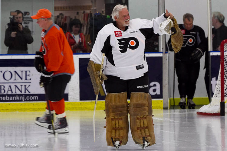 Flyers Alumni Practice-30165102