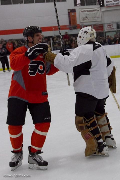 Flyers Alumni Practice-30191118