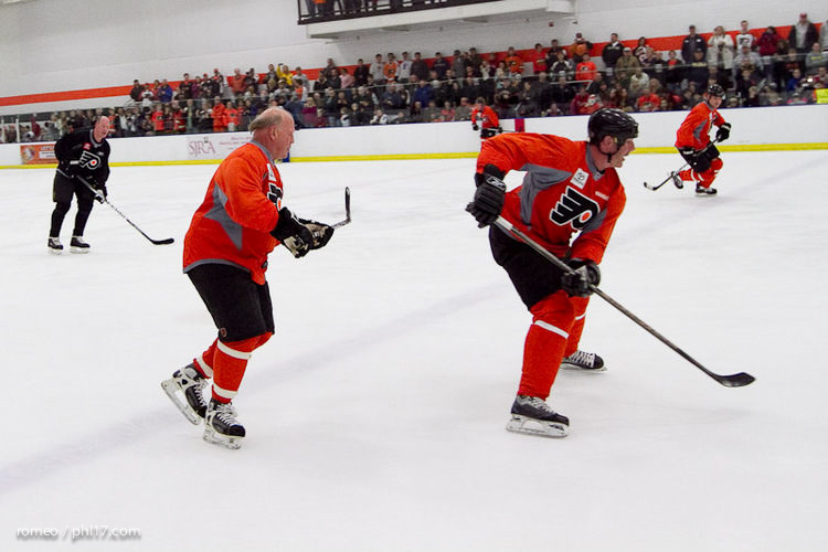 Flyers Alumni Practice-30191141