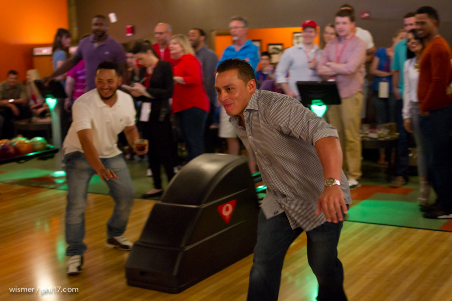 Carlos Ruiz and the Phillies Bowling for Charity-9592