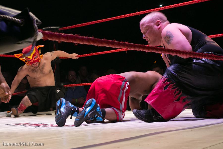 Extreme-Midget-Wrestling-Philadelphia-11