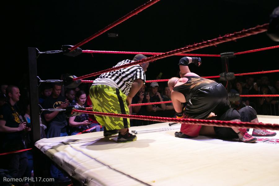 Extreme-Midget-Wrestling-Philadelphia-19