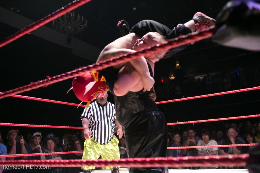 Extreme-Midget-Wrestling-Philadelphia-26