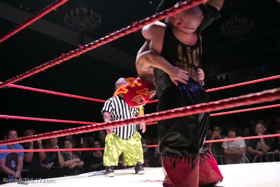 Extreme-Midget-Wrestling-Philadelphia-27