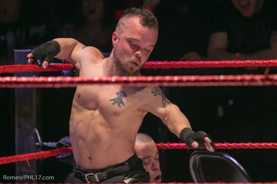 Extreme-Midget-Wrestling-Philadelphia-38