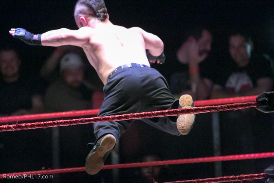 Extreme-Midget-Wrestling-Philadelphia-40