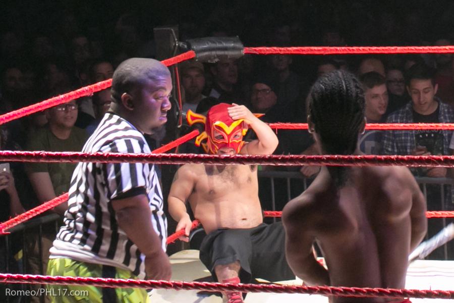 Extreme-Midget-Wrestling-Philadelphia-9